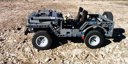 Jeep Willys de LEGO, ¡radio control!
