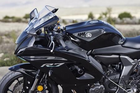 Yamaha R7 2022 022