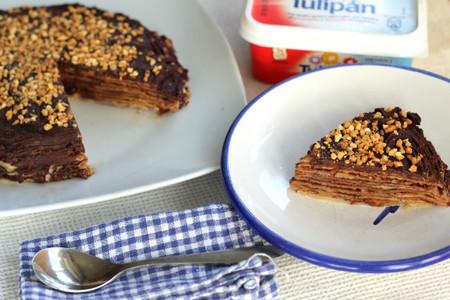 Tarta de crêpes con crema de chocolate para hacer con los niños