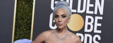 El pelo azul de Lady Gaga conquista la alfombra roja de los Globos de Oro 2019