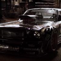 Ni con financiamiento pudo hacerse Hamilton del Mustang 'hoonicorn' de Ken Block