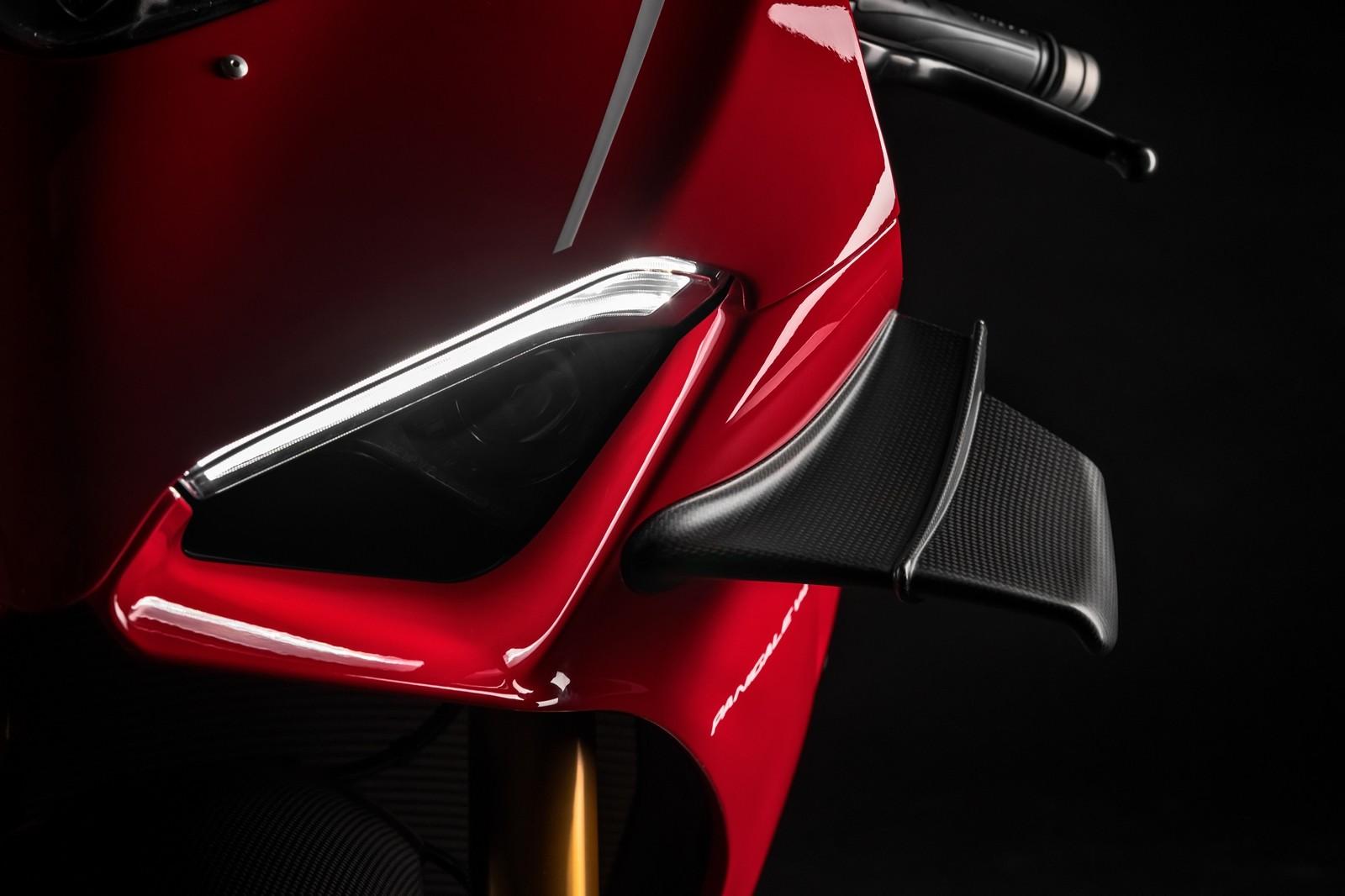 Foto de Ducati Panigale V4 R 2019 (83/87)
