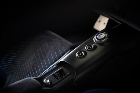 Maserati MC20 habitáculo