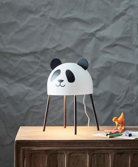 Lámpara con forma de oso panda