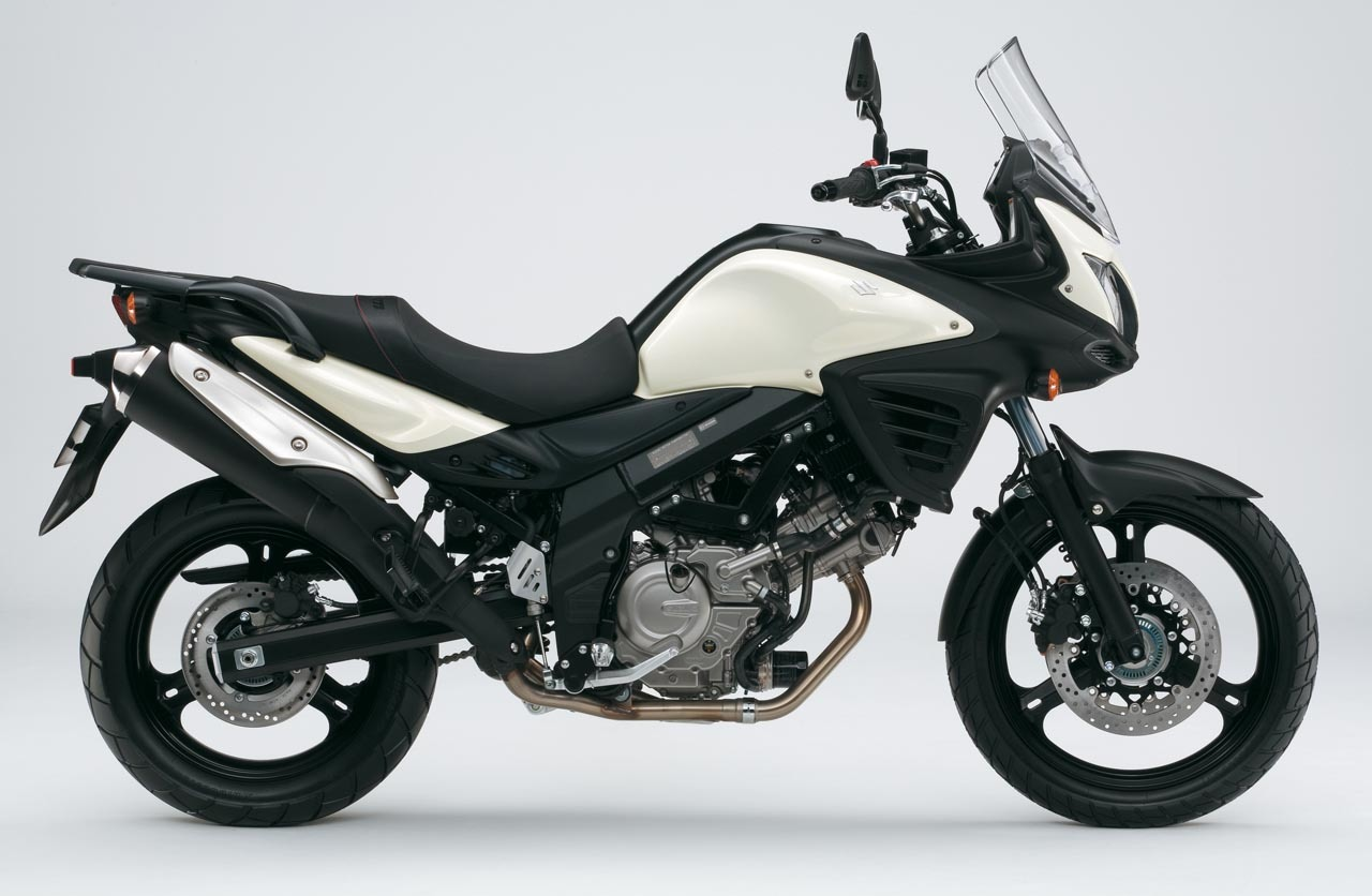 Foto de Suzuki V-Strom 650 2012, fotos de detalles y estudio (11/50)