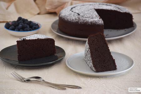 Bizcocho panadero de chocolate sin gluten: una receta sorprendente para el pastel más esponjoso y tierno
