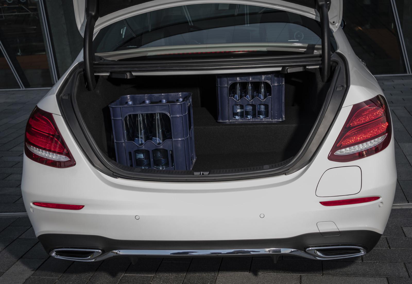 Foto de Mercedes-Benz E 300 de (presentación) (40/47)