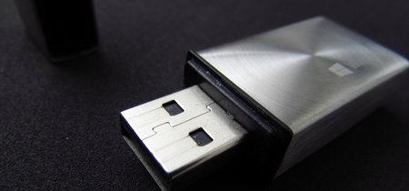 Cómo anclar a la barra de tareas una unidad de disco externa