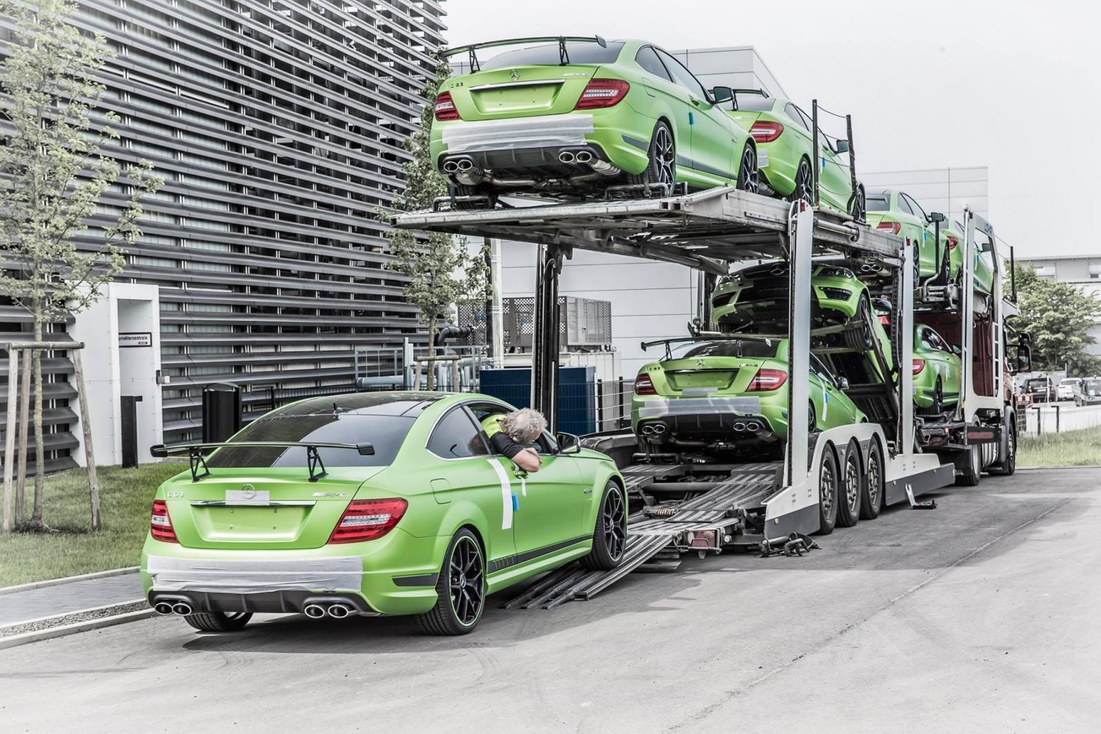 Foto de Mercedes C63 AMG Coupe Legacy Edition (25/26)