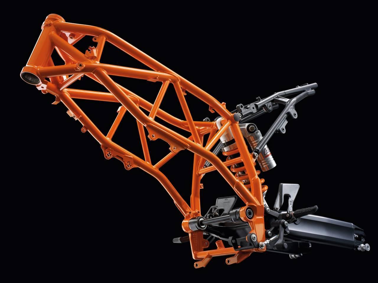 Foto de Resto de novedades de KTM presentada en el Salón de Milán 2011 (19/25)
