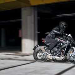 Foto 5 de 15 de la galería mv-agusta-dragster-800-rr-2021 en Motorpasion Moto