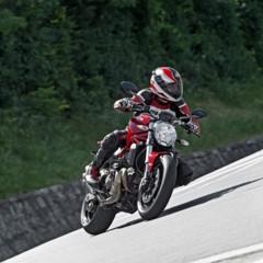 Foto 50 de 115 de la galería ducati-monster-821-en-accion-y-estudio en Motorpasion Moto