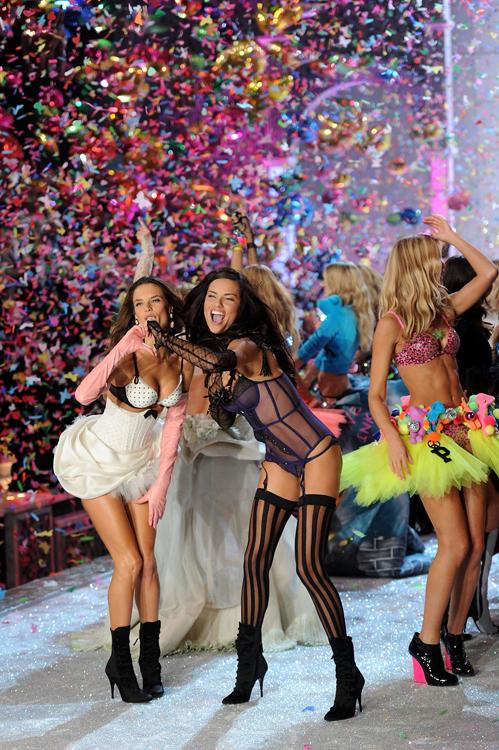 Foto de El desfile Victoria's Secret Fashion 2011: todas las imágenes (35/57)