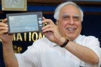 Sakshat es un tablet destinado a la educación, más barato imposible