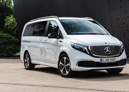 Mercedes Benz Eqv 2020 1280 01