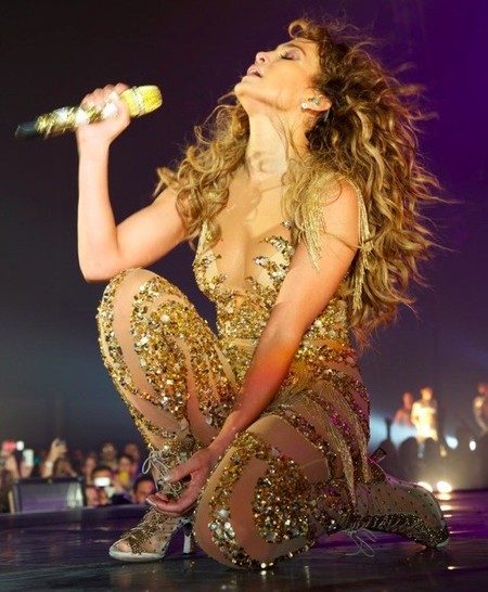 No se puede ser tan divina, Jennifer Lopez, que luego no te quieren ni en la India