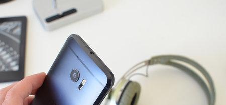 HTC interrumpe la actualización del HTC 10 a Nougat, reanudarán el proceso en tres semanas