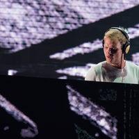 Campanadas para Avicii: el curioso homenaje al DJ fallecido de una ciudad holandesa