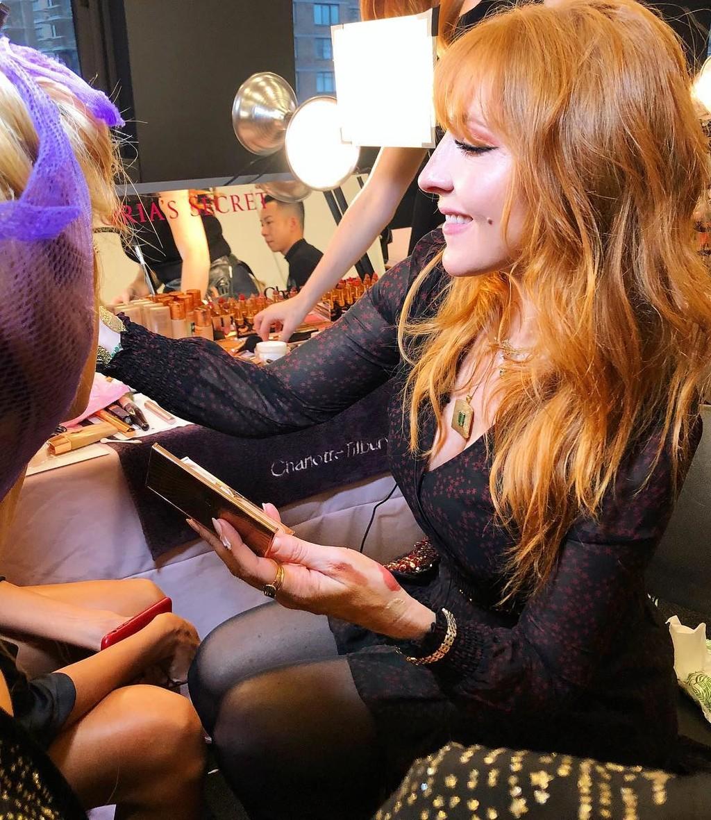 Charlotte Tilbury (con sus maravillosos productos) crea los looks de maquillaje de los ángeles de Victoria's Secret
