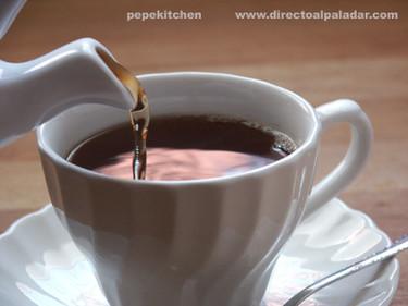 La ceremonia del té de las cinco (parte II, el servicio)