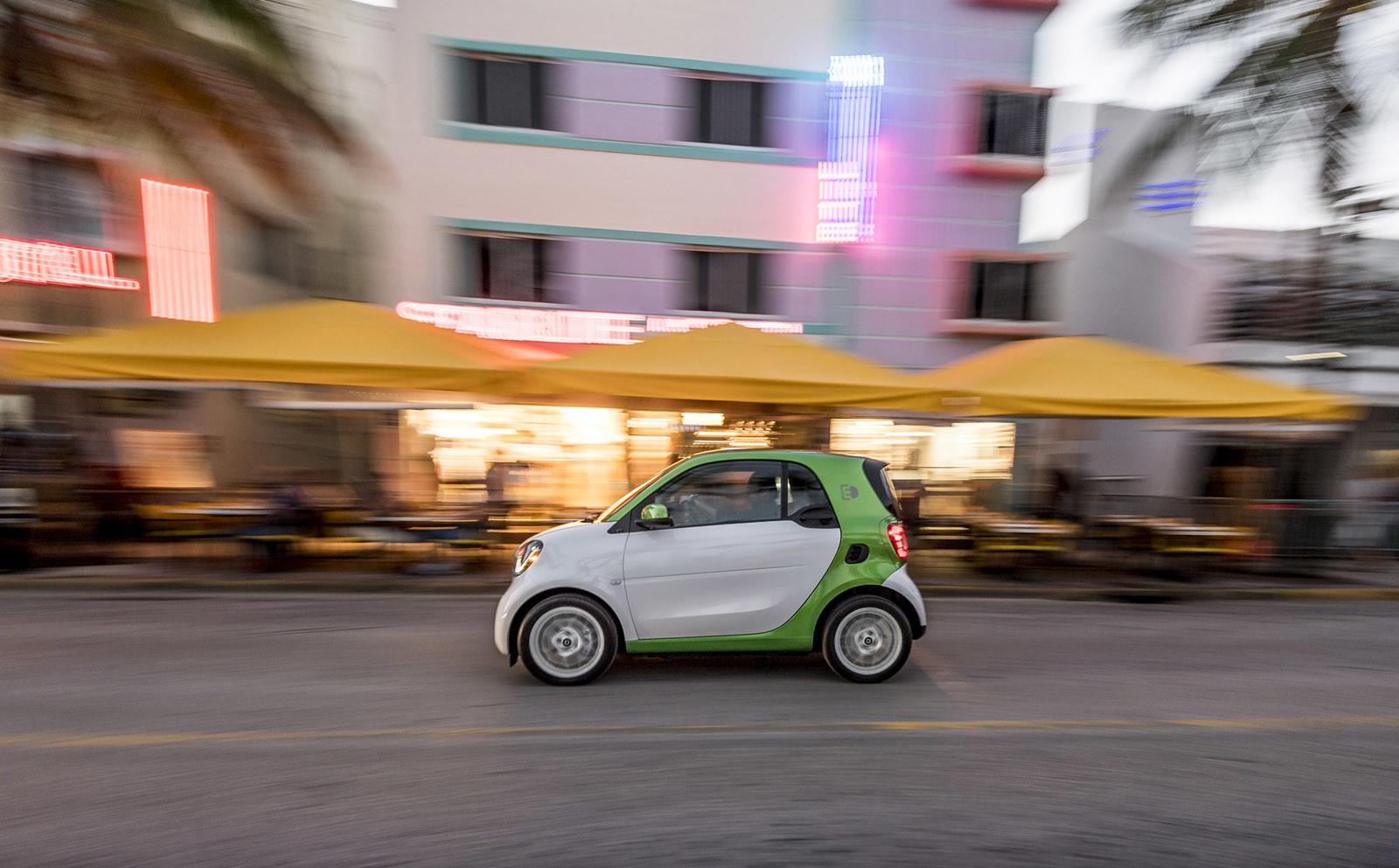 Foto de smart fortwo Electric Drive, toma de contacto (100/313)