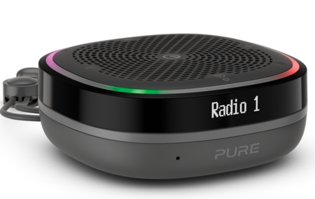 Pure sigue apostando por las radios portátiles con la nueva StreamR Splash, que llega con Bluetooth y resistencia al agua