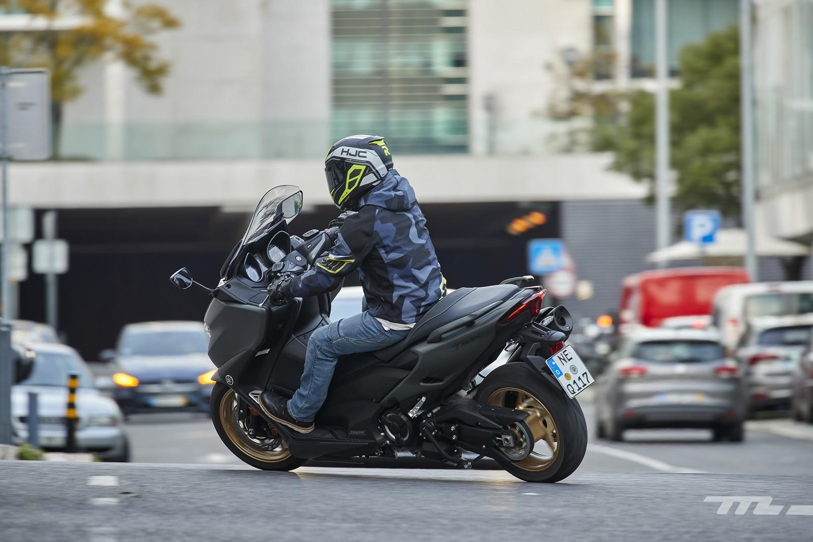 Foto de Yamaha TMAX 560 2020, prueba (26/30)
