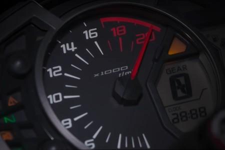 ¡Diabólica! La Kawasaki ZX-25R será la moto de cuatro cilindros que más estire, girando hasta 17.000 rpm