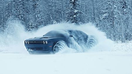 Dodge Challenger GT AWD: el primero con tracción total