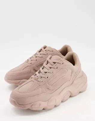 Zapatillas de deporte rosas con suela gruesa de antelina de ASOS DESIGN