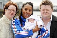Reino Unido permite la creación de hijos de tres padres genéticos