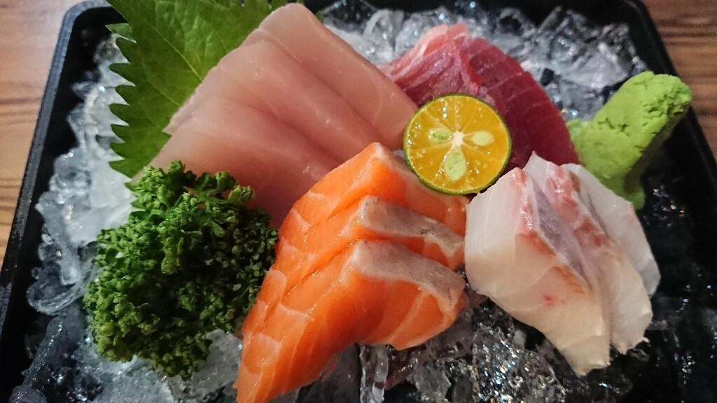 Los siete pescados con más omega 3 (y 27 recetas para sumarlos a tu dieta)