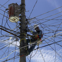 Morena contra los diablitos: quieren aprobar la primera Ley en la historia contra el robo de energía eléctrica