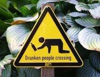 ¿Caminar borracho es más peligroso que conducir borracho?