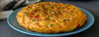 Tortilla de patatas paisana de Dani García: la mejor receta de un clásico (con vídeo incluido)