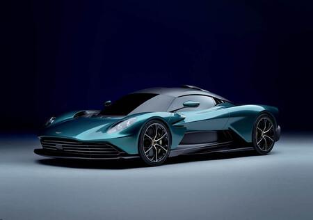 ¡Ojo, Ferrari! El Aston Martin Valhalla es un vikingo híbrido de 950 CV y tecnología de la F1 que va a por ti