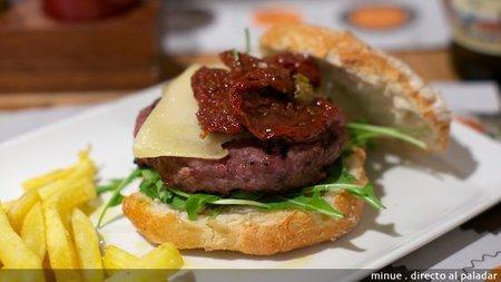 Mediterránea de hamburguesas - hamburguesa piamonte