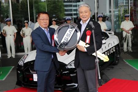 Ec895954 Nissan Gt R Police Car 19