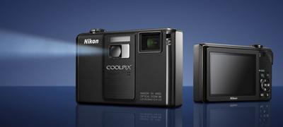 Nikon Coolpix S1000pj, una compacta con ¡videoproyector!