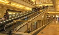 Si los grandes almacenes pierden ventas... ¿se van a ver afectados los salarios de sus trabajadores?