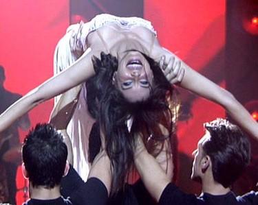 Pilar Rubio se lanza a la pista de baile