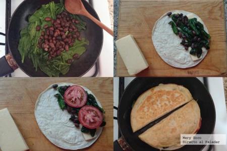 Quesadillas de espinacas, jitomate y frijoles negros. Receta