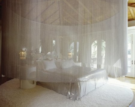El dormitorio principal de Lenny Kravitz.