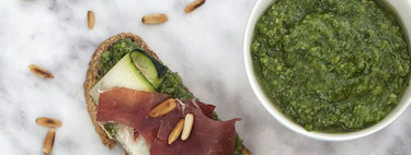 Montaditos de ibérico, calabacín y pesto: receta fácil para una cena improvisada