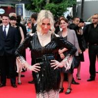Madonna De Chanel