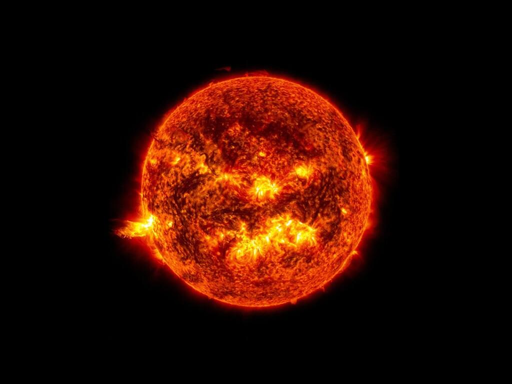El Solar Orbiter desvela secretos de las llamaradas solares y cómo la corona del Sol es mucho más caliente que su interior