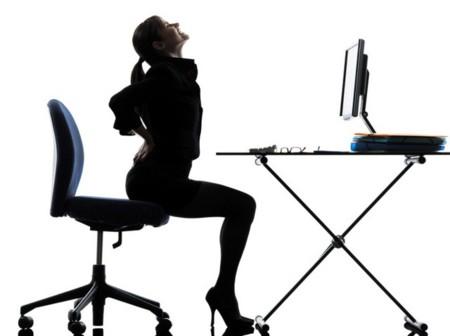 ejercicios para adelgazar sentada en la oficina