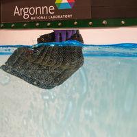 Esta esponja es capaz de absorber petróleo y busca ser la clave ante desastres ecológicos