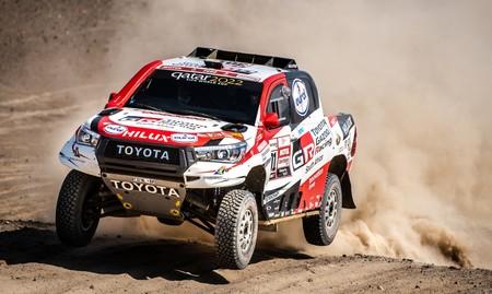 Fernando Alonso probará esta semana el Toyota Hilux en Sudáfrica para decidir si participa en el Dakar 2020