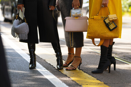 Este bolso de piel lo firma Coach y es una de las compras más versátiles de las rebajas de El Corte Inglés